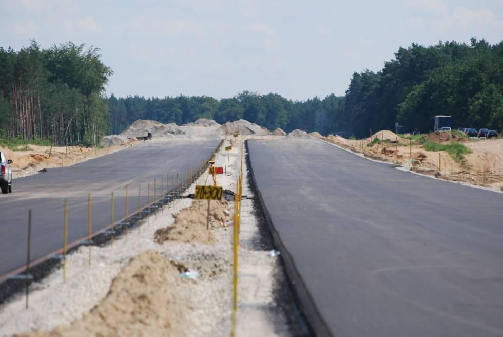 Drogi i ulice , Będzie opóźnienie oddaniu użytku drugich nitek trasy rejonie Gorzowa - zdjęcie, fotografia