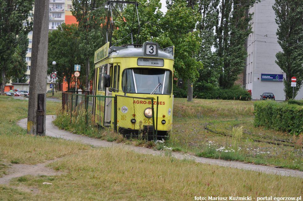 Autobusy - Tramwaje - MZK , stycznia przedłużony został przetarg dostawę nowych tramwajów - zdjęcie, fotografia