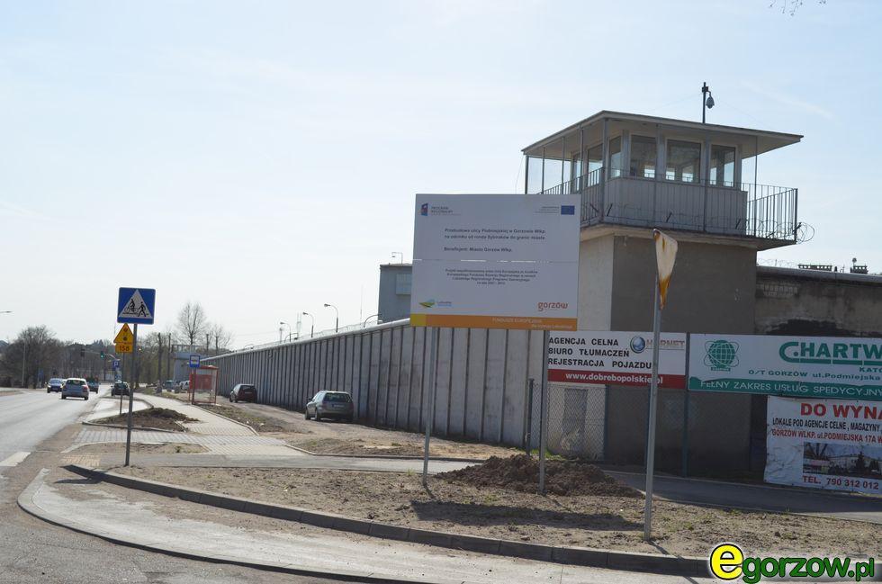 Organizacje pozarządowe - NGO, Kolejny pomocy Brata Krystyna - zdjęcie, fotografia