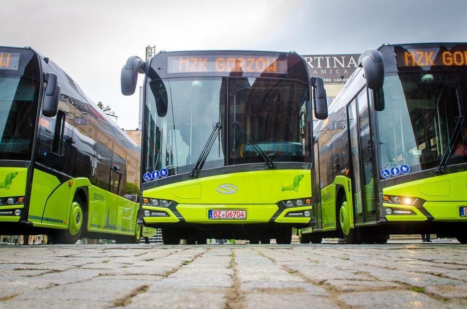 Autobusy - Tramwaje - MZK , grudnia (czwartku) autobus linii zmienia trasę - zdjęcie, fotografia