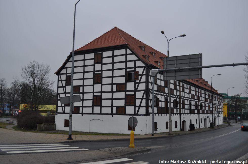 Galerie, Muzeum Lubuskie szkoli pracowników - zdjęcie, fotografia