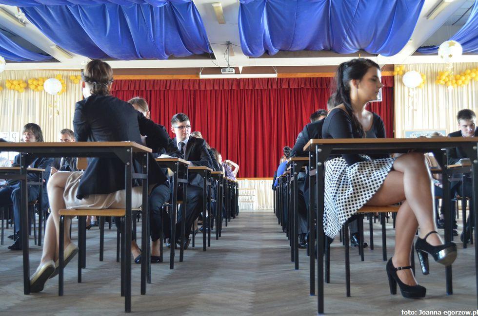 Szkoły - edukacja , Lubuski kurator oświaty chwali lubuskich maturzystów - zdjęcie, fotografia