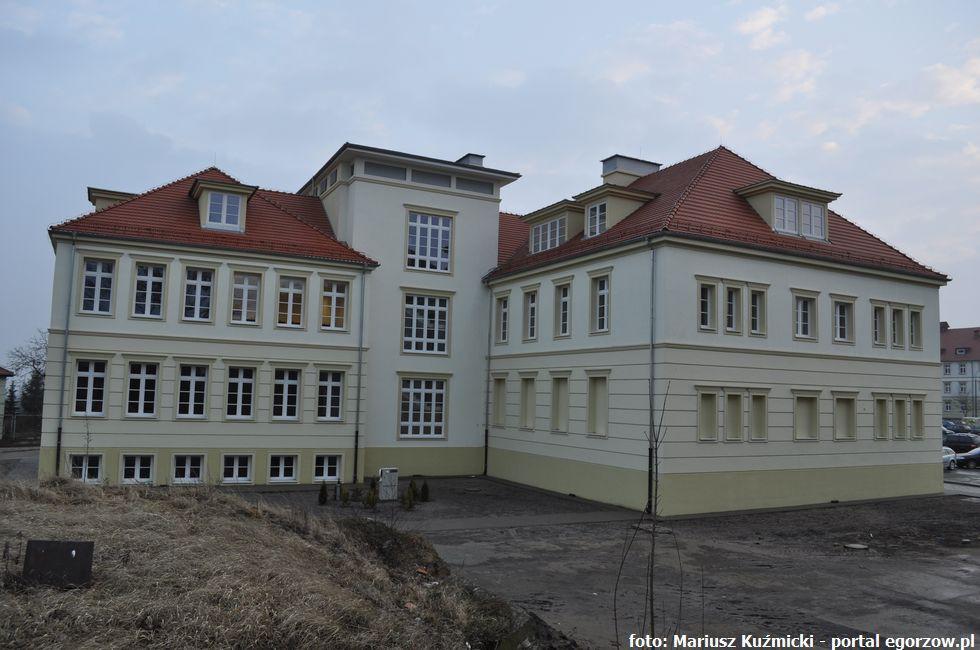 Szkoły - edukacja , Gorzowska akademią - zdjęcie, fotografia