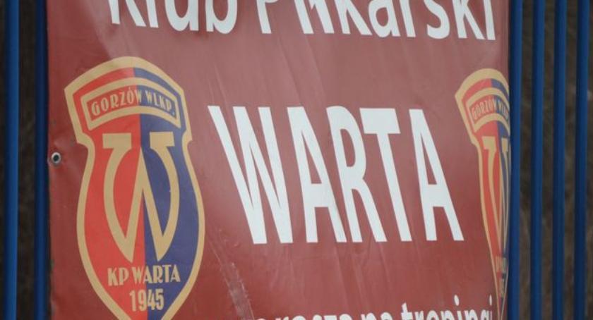 Warta kończy ligę zwycięstwem, Piasta rozbity w Krośnie