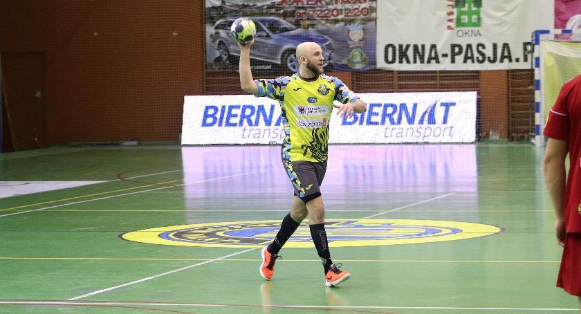 Piłka ręczna, drugiej połowie odjechali Żukowo poległ Gorzowie - zdjęcie, fotografia