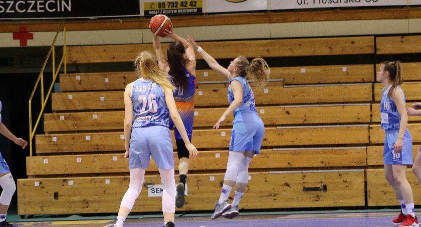 Koszykówka , Porażki ligowych koszykarek - zdjęcie, fotografia