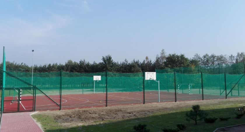Informacje  z Wolanowa i okolic, boiska gminie Wolanów - zdjęcie, fotografia