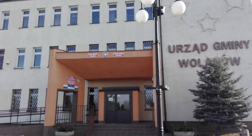 Informacje  z Wolanowa i okolic, Uroczystość nadania herbu flagi pieczęci Gminie Wolanów - zdjęcie, fotografia