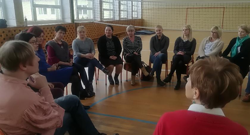Szkoły przedszkola Wolanów i okolice , Warsztaty pedagogiki teatru nauczycieli - zdjęcie, fotografia