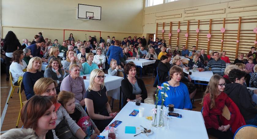 Informacje  z Wolanowa i okolic, Dzień Kobiet gminie Wolanów [FOTO] - zdjęcie, fotografia