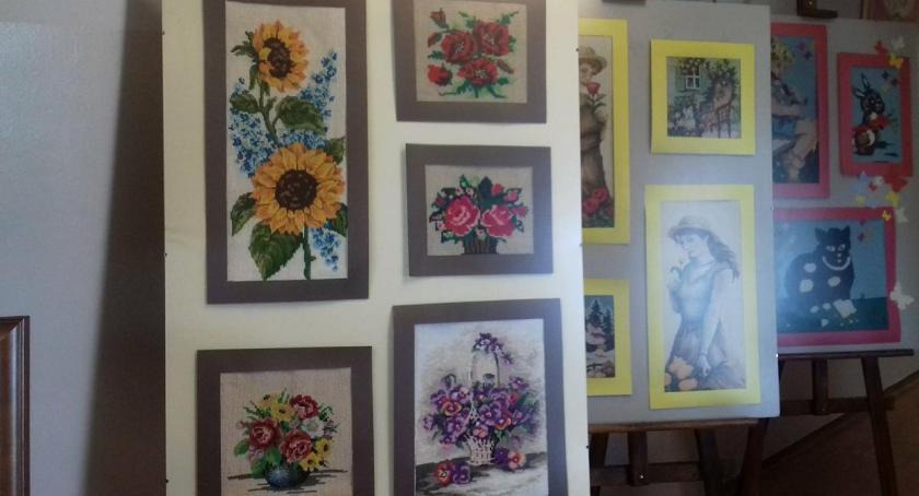 Wystawy , Wystawa Igłą malowane - zdjęcie, fotografia