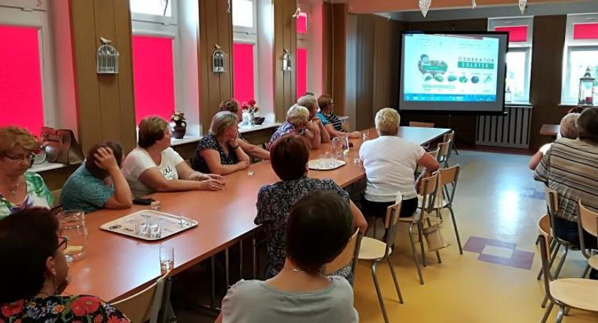 Informacje  z Wolanowa i okolic, Uniwersytet Wieku trosce zdrowie kulturę - zdjęcie, fotografia