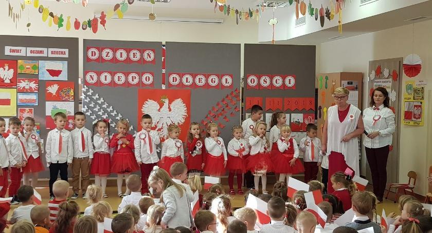 Szkoły przedszkola Wolanów i okolice , Przedszkolaki uczciły lecie odzyskania niepodległości [FOTO] - zdjęcie, fotografia