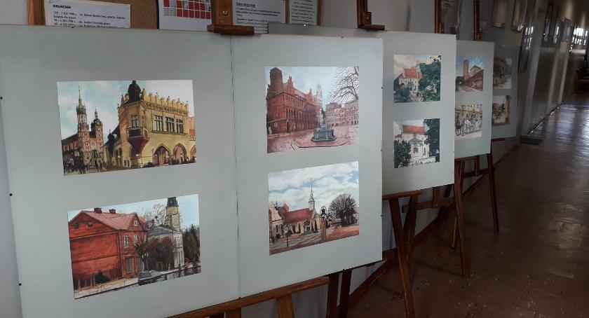 Wystawy , Wystawa Spacerkiem miastach - zdjęcie, fotografia