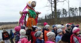 Dzieci z gminy Wolanów powitały wiosnę