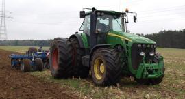 Ponad 18 tysięcy wypadków w rolnictwie. Jak zadbać o bezpieczeństwo w szczycie sezonu prac polowych?