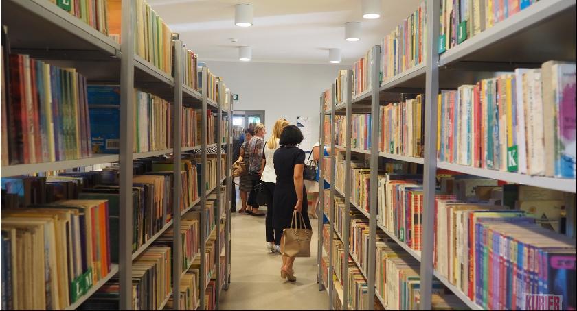 Rada miasta, Biblioteka nowych progach - zdjęcie, fotografia