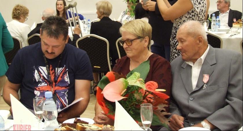 Uroczystości - obchody, Medale Drohiczynie lecie małżeństwa - zdjęcie, fotografia