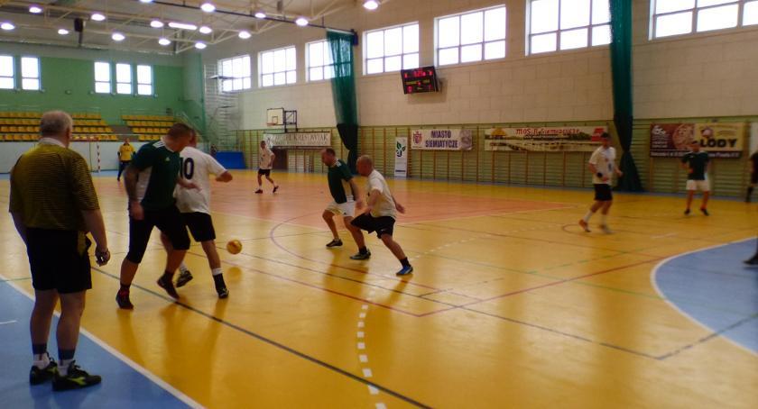 Piłka nożna, Turniej oldbojów Puchar Burmistrza - zdjęcie, fotografia