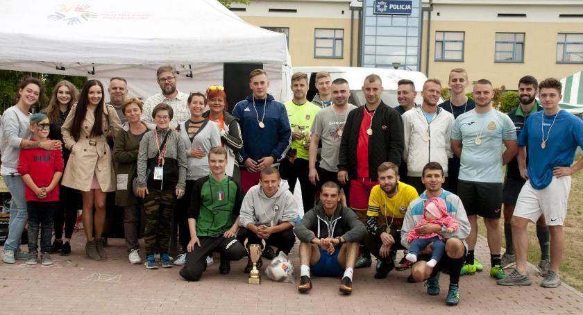 Piłka nożna, Piłkarze Turniej Piknik Charytatywny - zdjęcie, fotografia
