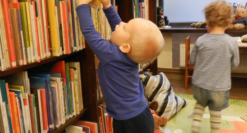 Edukacja, Nieszablonowa edukacja maluchów metoda projektu badawczego - zdjęcie, fotografia