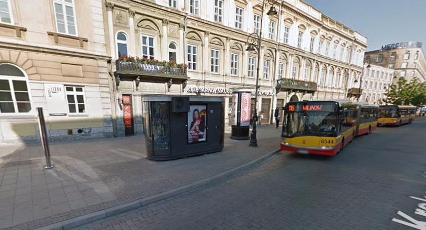 Handel i usługi, Dlaczego kioski Krakowskim Przedmieściu zamknięte - zdjęcie, fotografia