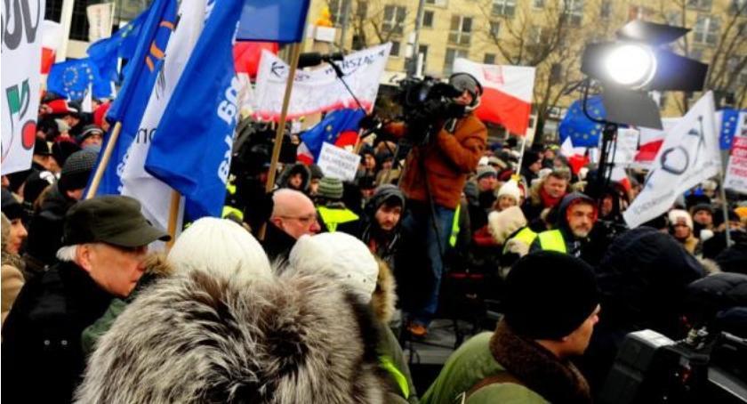 Protesty i manifestacje, Dzisiaj marsze ulicach stolicy - zdjęcie, fotografia