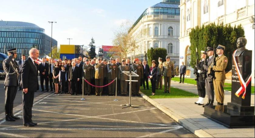 NEWS, Rozpoczęcie konkursu pomniki smoleńskie - zdjęcie, fotografia