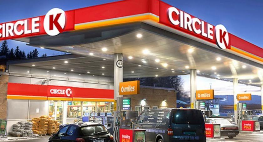 Blog, środę czwartek wielkie promocje stacjach Circle Warszawie - zdjęcie, fotografia