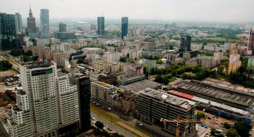 Samorząd, Referenda podwarszawskie przywracają optymizm - zdjęcie, fotografia