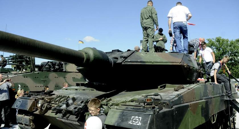 Imprezy, Wydarzenia, Polsko amerykański piknik wojskowy Narodowym - zdjęcie, fotografia