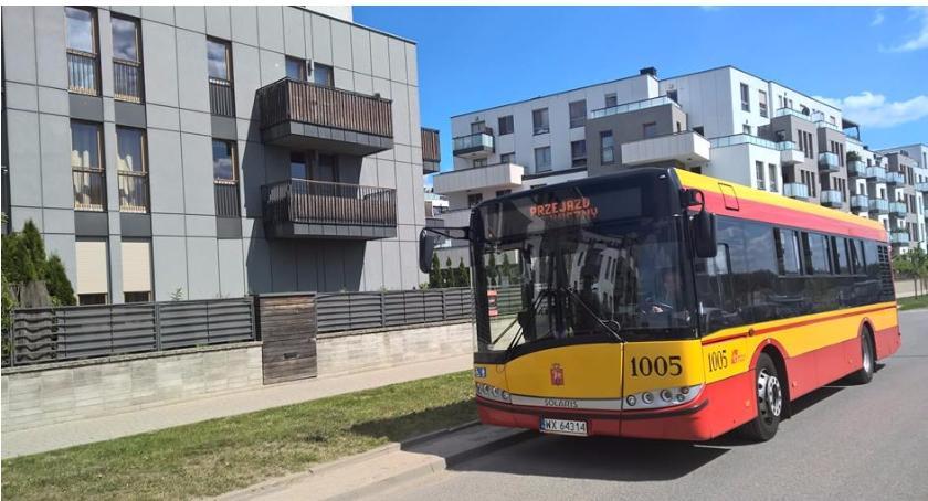 Autobusy, Organizacja komunikacji podczas Biegu Powstania Warszawskiego - zdjęcie, fotografia