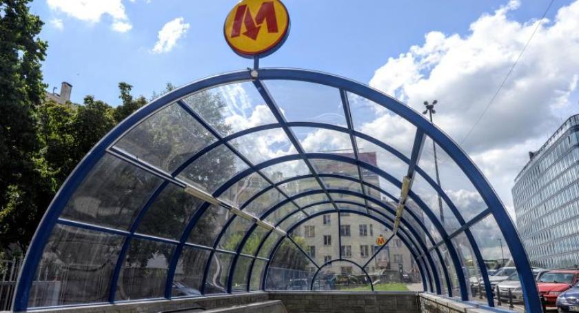 Metro, Uwaga! niedzieli stacje metra wcześniej zamykane! - zdjęcie, fotografia