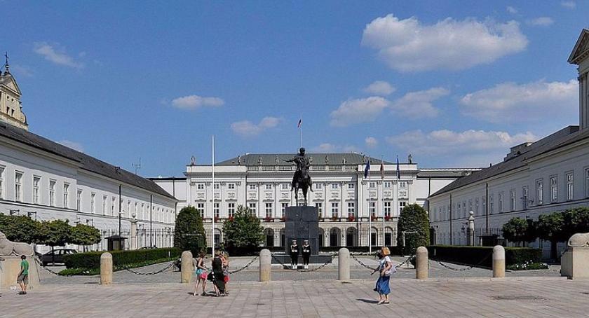 Polityka, Zmiana zakresu obowiązków konserwatora zabytków - zdjęcie, fotografia
