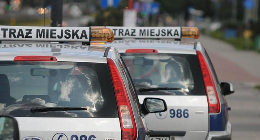 Bezpieczeństwo, Gwałciciel ujęty przez straż miejską! - zdjęcie, fotografia