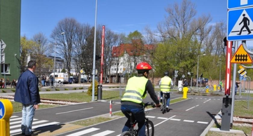 Rower, Miasteczko ruchu drogowego czynne również najbliższy poniedziałek! - zdjęcie, fotografia