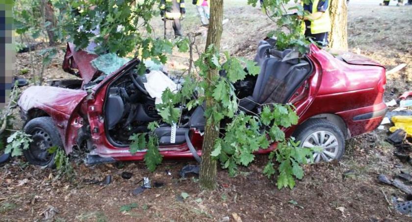 Wypadki, Tragedia Nieporętem wypadku zginęła rodzina małym dzieckiem - zdjęcie, fotografia