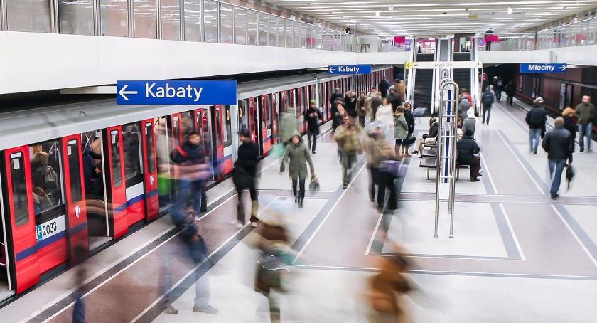 Metro, Warszawiacy ocenili funcjonowanie metra wyglądają wyniki - zdjęcie, fotografia
