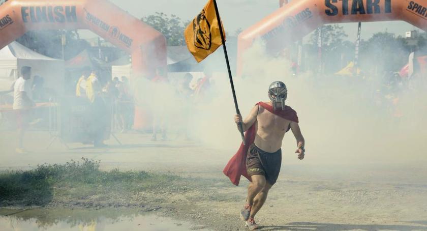 Biegi - maratony, Spartan Warszawa Narodowym [ZDJĘCIA] - zdjęcie, fotografia