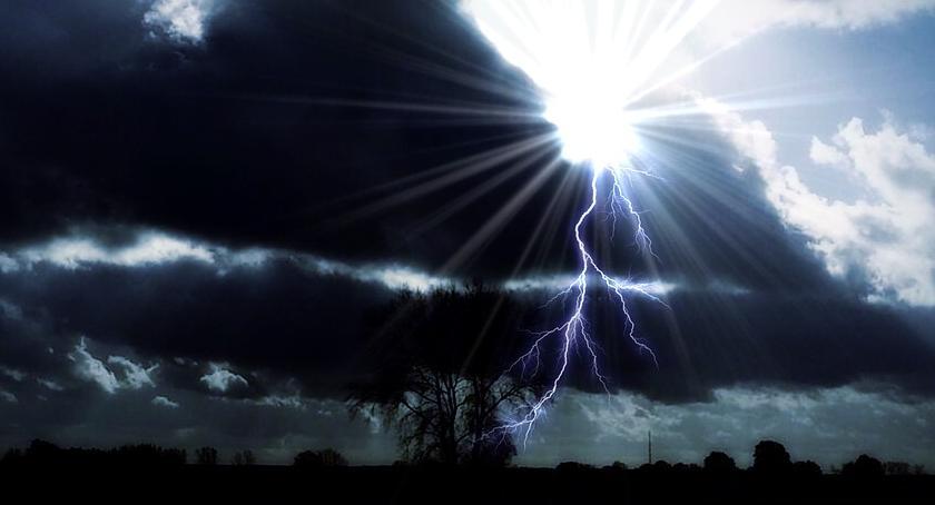 Prognoza pogody, Ostrzeżenia pogodowe województw liście Mazowsze! Uważajcie siebie! - zdjęcie, fotografia