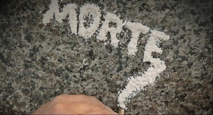 Narkotyki, Straż Graniczna zatrzymała przemytnika narkotyków Przewoził kokainy - zdjęcie, fotografia