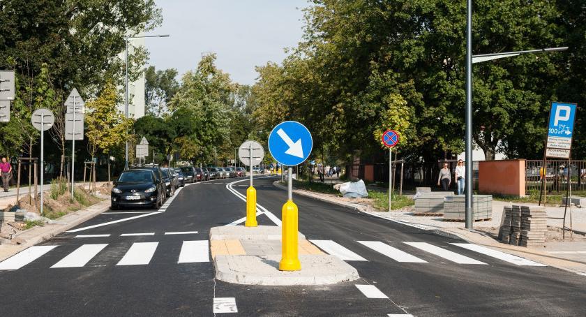 Drogi, Namysłowska dzisiaj otwarta ruchu Zobaczcie ulicę zmianach [ZDJĘCIA] - zdjęcie, fotografia