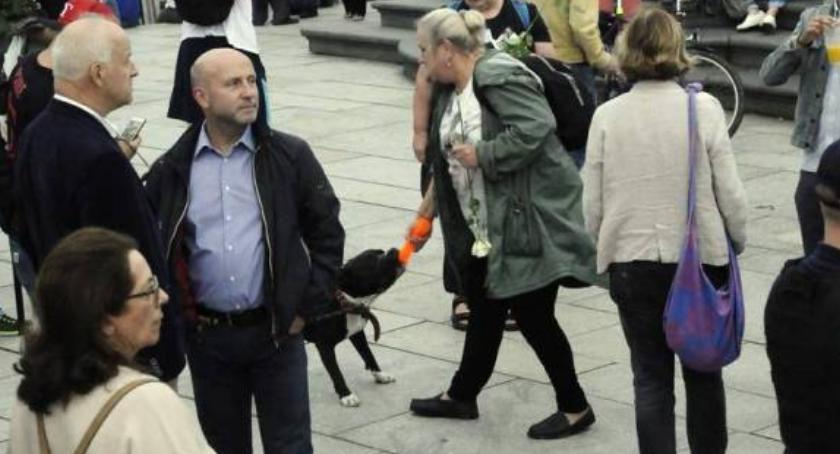 Protesty i manifestacje, wylegitymowanych mandaty wniosków sądu Bilans miesięcznicy smoleńskiej - zdjęcie, fotografia