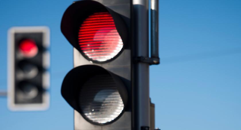 Drogi, lewoskręty wymiana sygnalizatorów remonty świateł pięciu ważnych skrzyżowaniach - zdjęcie, fotografia