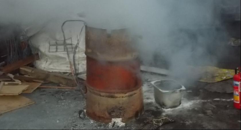 NEWS, Miasto rozpoczyna walkę smogiem Straż Miejska skontroluje mieszkańców - zdjęcie, fotografia