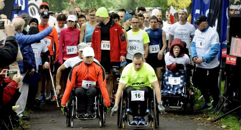 Biegi - maratony, Wybiegaj sprawność niesamowity [ZDJĘCIA] - zdjęcie, fotografia