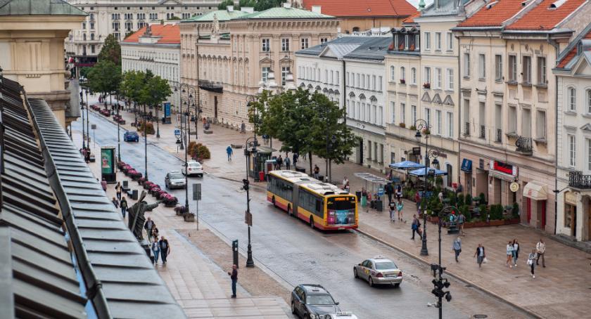 Drogi, Weekendowe zmiany ruchu drogowym - zdjęcie, fotografia