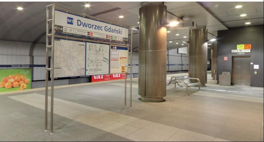 Metro, Awarie kilku stacjach metra - zdjęcie, fotografia