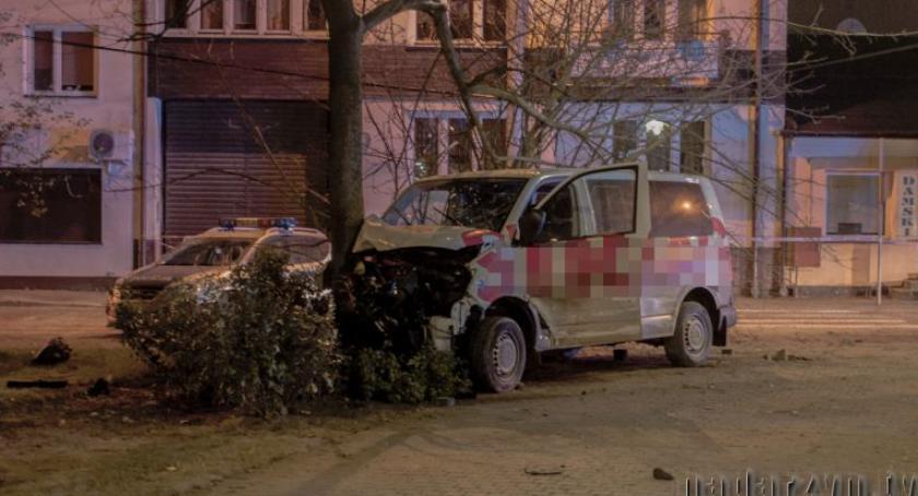 Bezpieczeństwo, Wielki pościg strzelanina ranni policjanci sprawca nocna akcja Grodzisku Mazowieckim - zdjęcie, fotografia