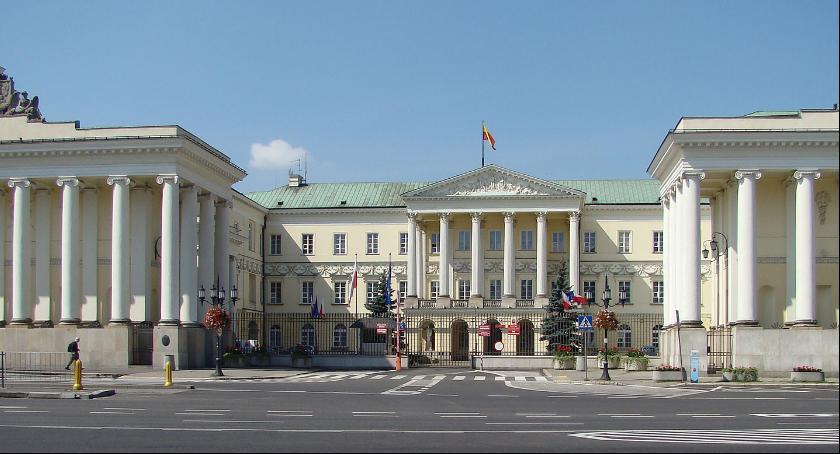 Prawo, Niedoróbka werdyktu komisji - zdjęcie, fotografia